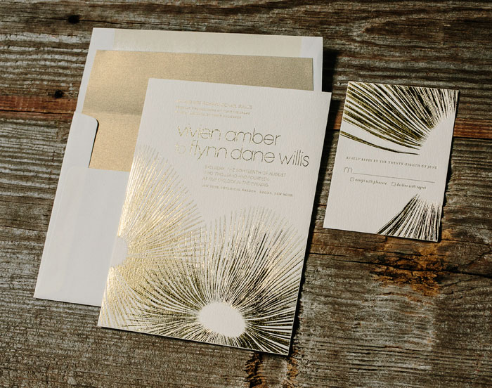 Glamorous Blooms features gold matte and gold shine foil on our ivory paper.